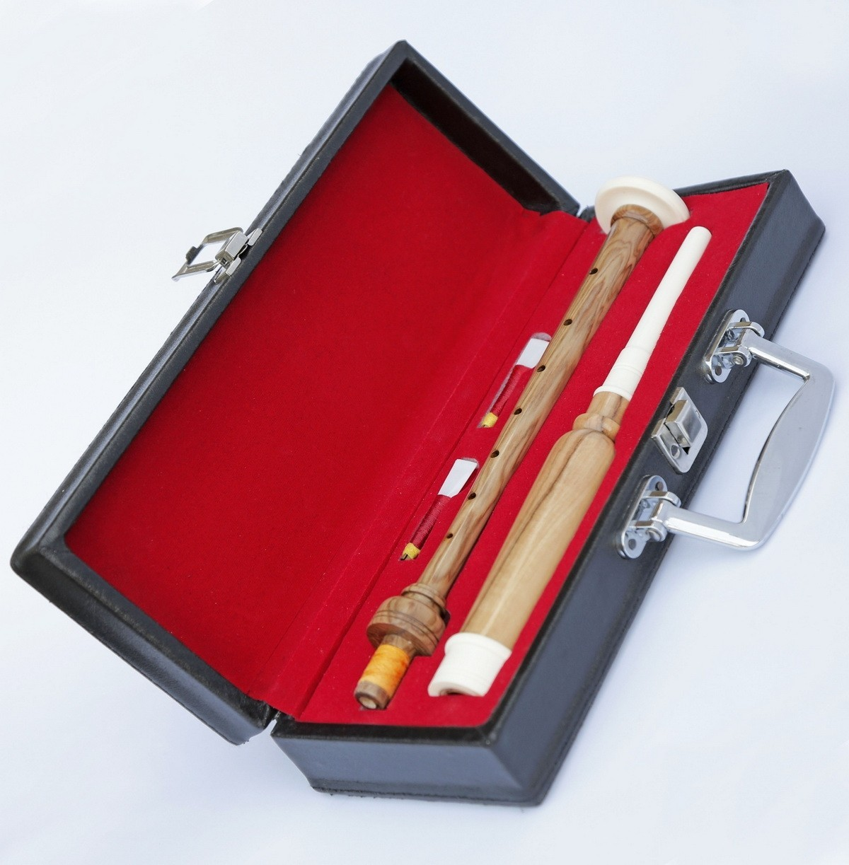 cocus_wood_practice_chanter_gift_box_resize.jpg